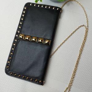 🌼3/$30 Magazine Foldover Studded Clutch/Crossbody